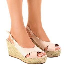 Brązowe Beżowe sandały na koturnie espadryle 68-150