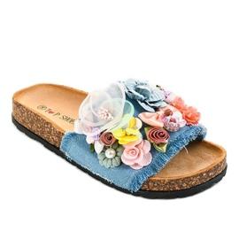 Niebieskie klapki z kwiatkami W-15
