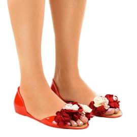 Czerwone sandałki meliski z kwiatkami AE20