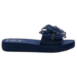 Best Shoes niebieskie Piankowe Klapki Z Kokardką
