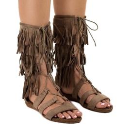 Taupe płaskie sandały gladiatorki D-41