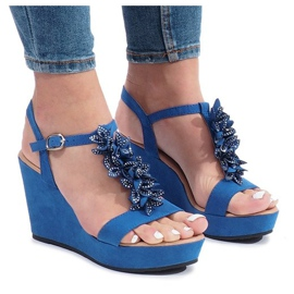 Niebieskie sandały na koturnie Liris