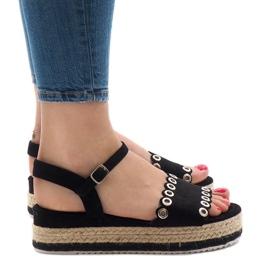Czarne sandały na platformie 99-46