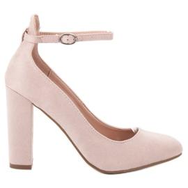 Ideal Shoes brązowe Czółenka Zapinane Sprzączką