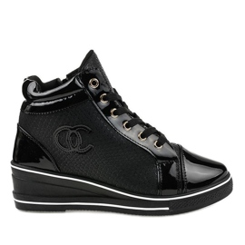 Czarne stylowe sneakersy na koturnie R15-2