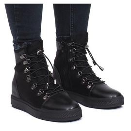 Czarne ażurowe sneakersy na koturnie Mathilde