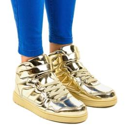 Żółte Złote Lakierowane Sneakersy XW7082