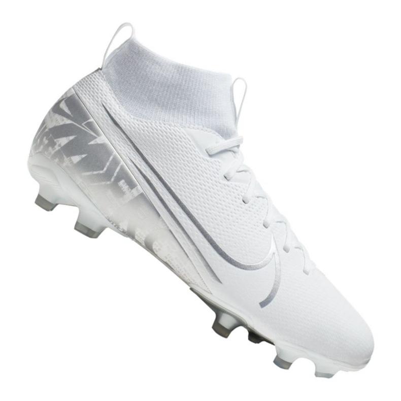 Buty piłkarskie Nike Superfly 7 Academy Mg Jr AT8120-100 białe białe
