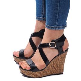 Czarne Sandały Na Koturnie S260 Czarny