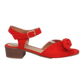 Czerwone sandałki na obcasie Noemia