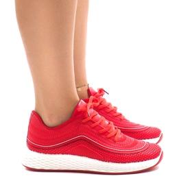 Czerwone obuwie sportowe G-205