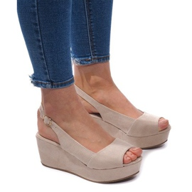 Brązowe Sandały Na Koturnie 3H096 Beżowy