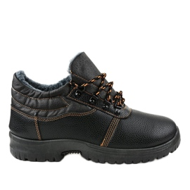 Czarne obuwie trekkingowe 7M900