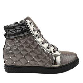 Szare lakierowane sneakersy na koturnie R468-3