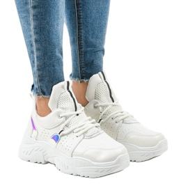 Białe sneakersy sportowe K-505