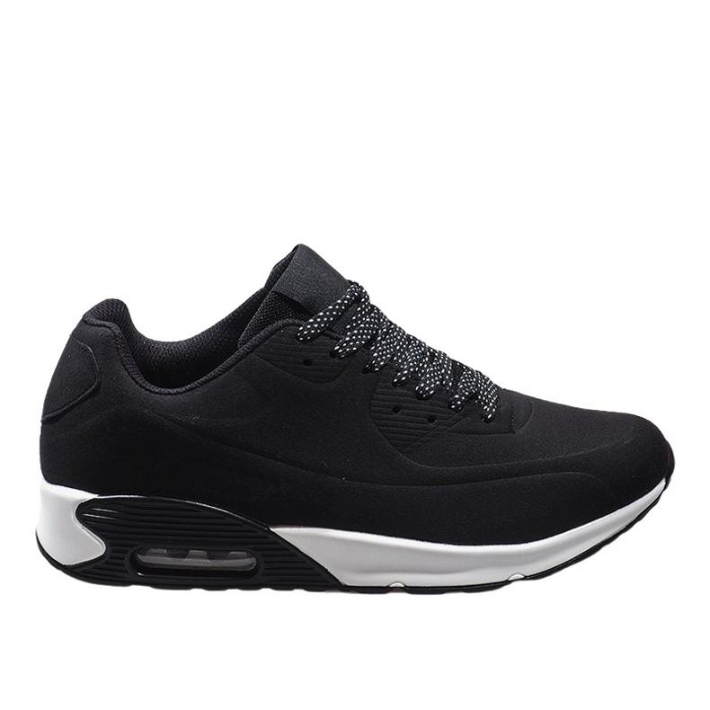 Czarne obuwie sportowe 9-7903A2