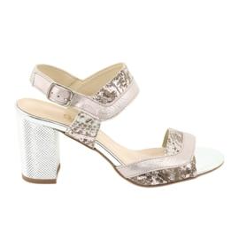 Sandały na słupku Gamis 3942 beżowy różowe srebrny