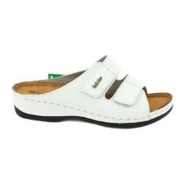 Inblu obuwie damskie klapki 158D107 białe