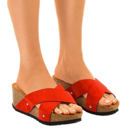 Czerwone sandały na koturnie klapki GU53