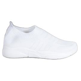 Sweet Shoes Wygodne Slipony Na Platformie białe