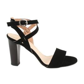 Czarne sandały na słupku Espinto S333/1