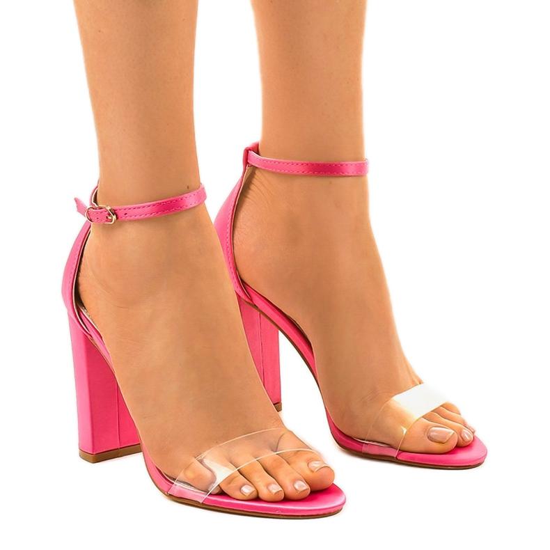 Różowe sandałki na słupku transparentne 1431-23 bezbarwne