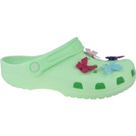 Klapki Crocs Classic Butterfly Charm Clog Jr 206179-3TI zielone