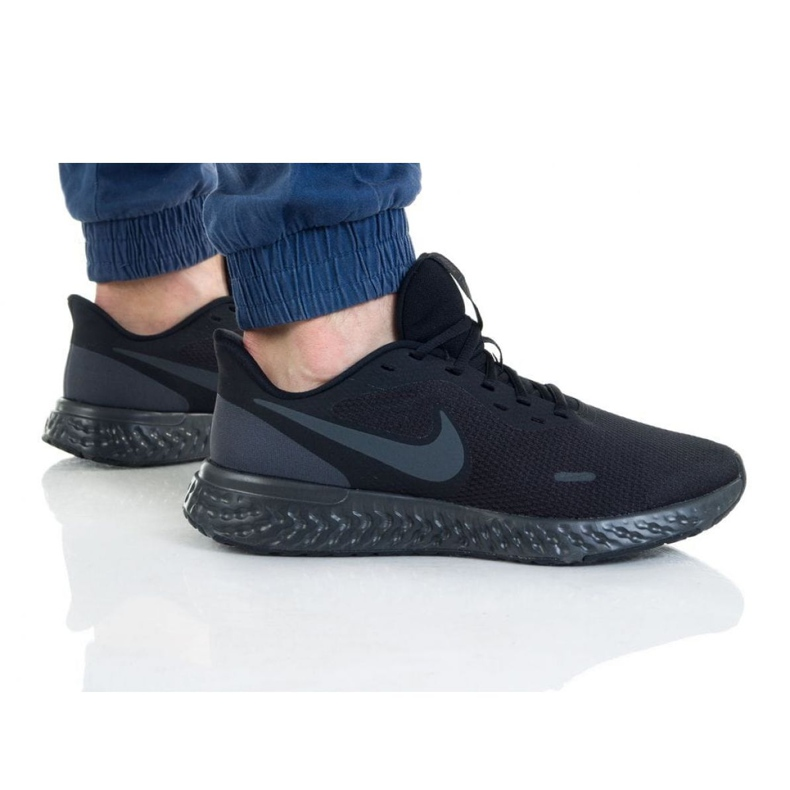Buty Nike Revolution 5 4EU M BQ6714-004 czarne