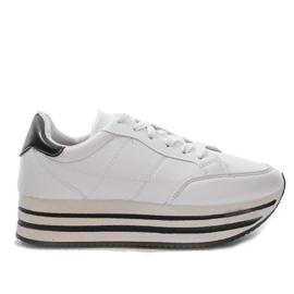 Białe modne damskie obuwie sportowe 230-3