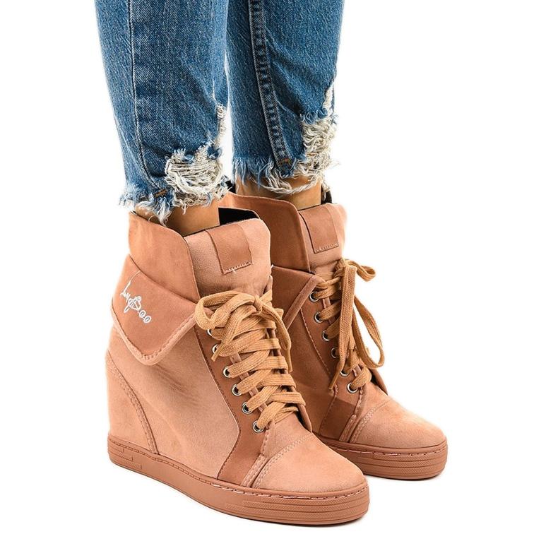 Różowe sneakersy na koturnie sznurowane B12-22