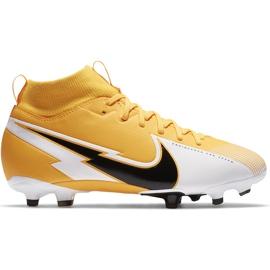 Buty piłkarskie Nike Mercurial Superfly 7 Academy FG/MG Junior AT8120 801 pomarańczowe