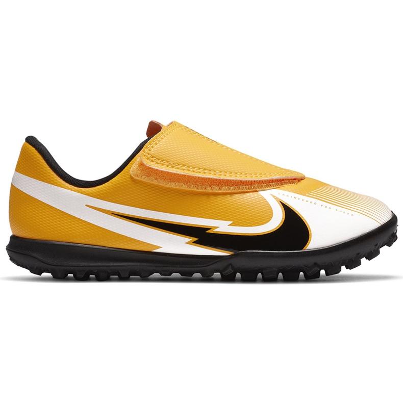 Buty piłkarskie Nike Mercurial Vapor 13 Club Tf PS(V) Junior AT8178 801 pomarańczowy, zółty żółte