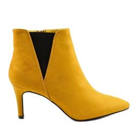 Żółte botki na szpilce z gumką Pattera czarne