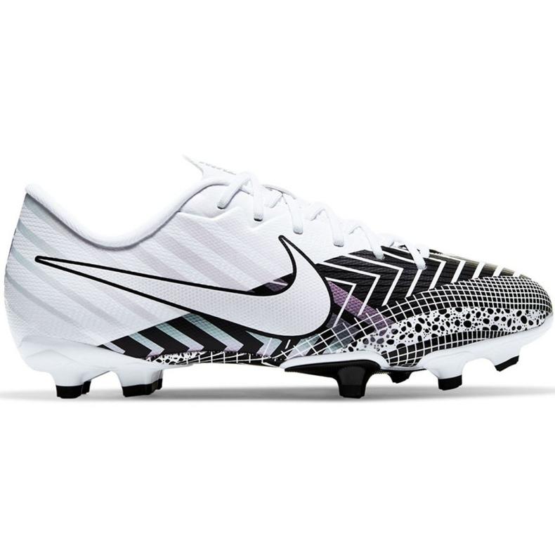 Buty piłkarskie Nike Mercurial Vapor 13 Academy Mds FG/MG Jr CJ0980-110 wielokolorowe białe