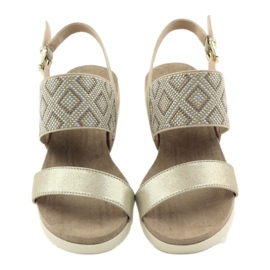 Caprice sandały buty damskie 28604 żółte 4