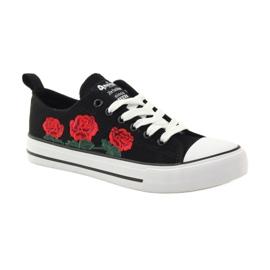 American Club Trampki haftowane róże American 17035 czerwone czarne białe 1