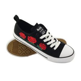 American Club Trampki haftowane róże American 17035 czerwone czarne białe 3