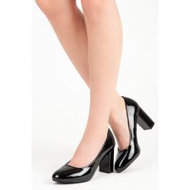 Lucky Shoes Lakierowane czarne czółenka 2