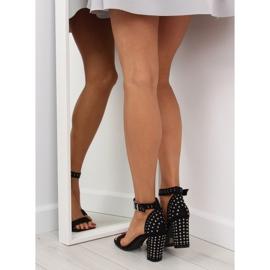 Sandałki na szerokim obcasie czarne black 1