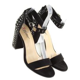 Sandałki na szerokim obcasie czarne black 2