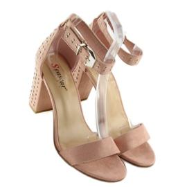 Sandałki na szerokim obcasie różowe pink 2