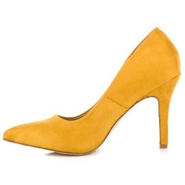 Żółte zamszowe szpilki 5