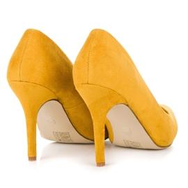 Żółte zamszowe szpilki 6