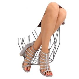 Sandałki na obcasie z ćwiekami szare grey 3