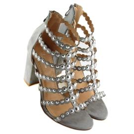 Sandałki na obcasie z ćwiekami szare grey 6