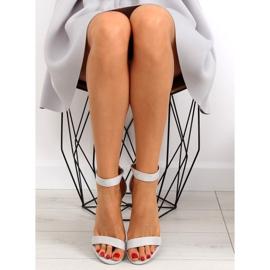 Sandałki nad szerokim obcasie szare grey 1