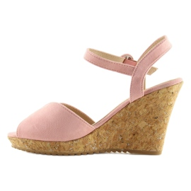 Sandałki na korkowym koturnie różowe 3811 3