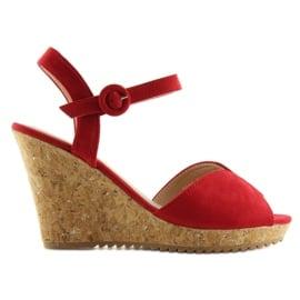 Sandałki na korkowym koturnie czerwone 3811 4