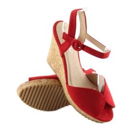 Sandałki na korkowym koturnie czerwone 3811 1