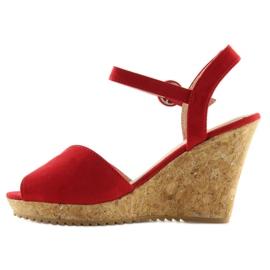 Sandałki na korkowym koturnie czerwone 3811 3